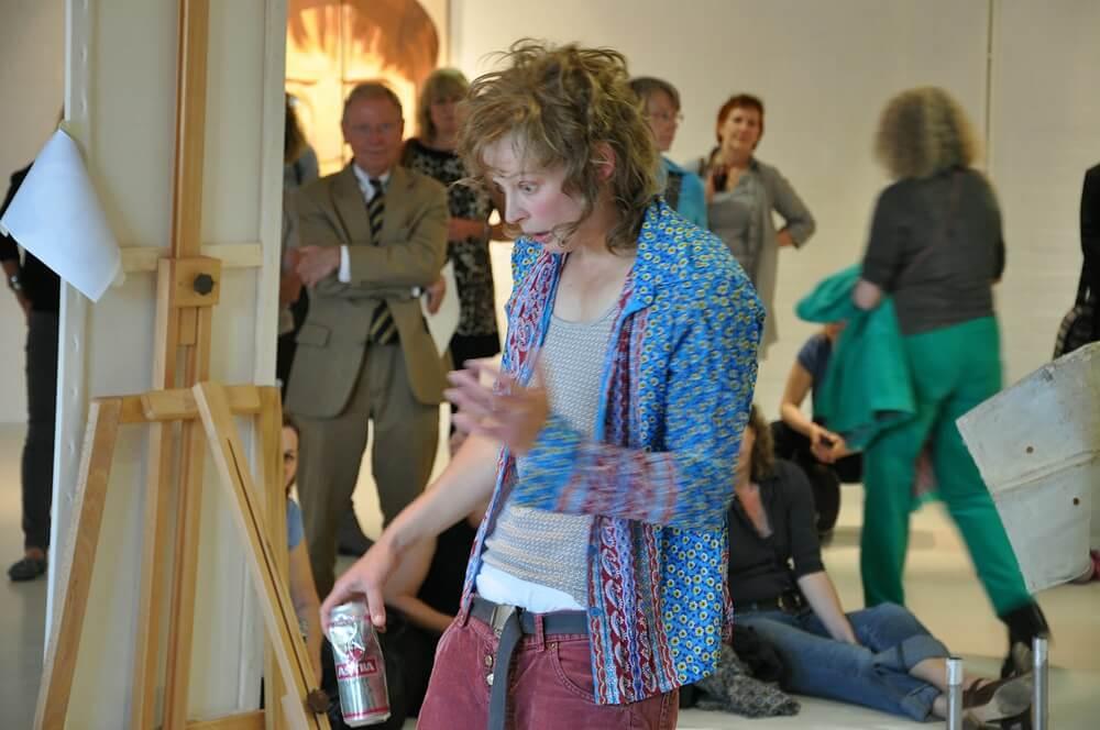 Die Schauspielerin Jana Schulz in der Rolle der Urte
